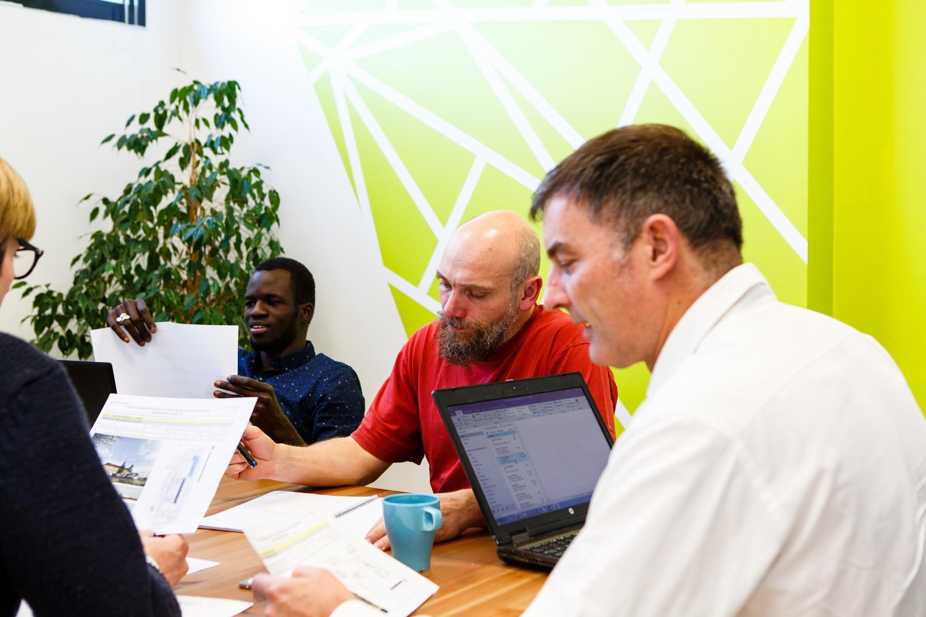 Photo des encordés en réunion à La Cordée Villeurbanne