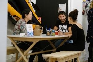 Photographie de la Cordée Nantes Sur Erdre personnes discutant autour de la table